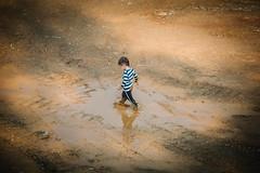 Life is wonderful! (Margot in Love) Tags: playing childhood fun puddle happy child play mud kind spielen matsch kindheit glcklich spas pftze childrensday kindertag childsday kidsday