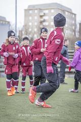 1604_FOOTBALL-84 (JP Korpi-Vartiainen) Tags: game girl sport finland football spring soccer hobby teenager april kuopio peli kevt jalkapallo tytt urheilu huhtikuu nuoret harjoitus pelata juniori nuori teini nuoriso pohjoissavo jalkapalloilija nappulajalkapalloilija younghararstus
