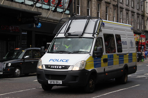 GLASGOW SF10 DXJ IVECO DAILEY POLICE SCOTLAND