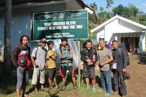 "Pendakian Sakuntala Gunung Argopuro Juni 2014 • <a style=""font-size:0.8em;"" href=""http://www.flickr.com/photos/24767572@N00/27128993036/"" target=""_blank"">View on Flickr</a>"