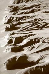 Apulien (andreasdietrich477) Tags: italien sea sky italy sun beach strand landscape eos sand meer wasser mare view outdoor aussicht landschaft sonne schrfentiefe apulia textur peschici apulien einfarbig 550d weichgezeichnet mittlerequalitt mittlerequalitt