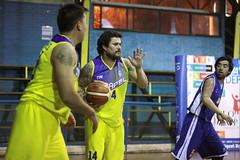 TUCAPEL VS WOLF__32 (loespejo.municipalidad) Tags: chile santiago miguel azul noche amarillo bruna silva deportes jovenes balon rm adultos alcalde competencia basquetbol loespejo