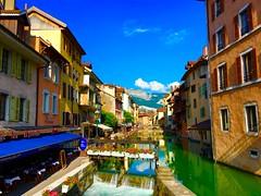 Annecy (JeanbaptisteM) Tags: sea summer mer france annecy apple montagne lac ciel t paysage fleuve iphone