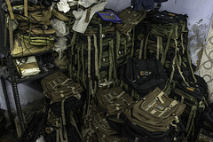_DSC0332 (bhanu prksh) Tags: photojournalism bagmakers surviving
