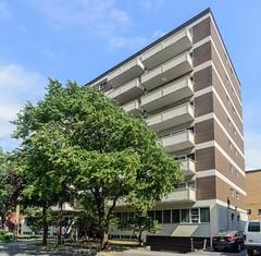 The Canadiana, Ala-Kantii /Liff Associates Architects (ottawaarchitects150) Tags: ontario canada building architecture apartment ottawa residentialbuilding