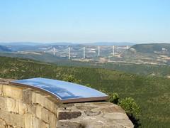 Viaduc de Millau vu depuis l'aire de Montjaux (VP-12) Tags: pont viaduc aveyron viaducdemillau montjaux