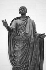 Bronze Statue to Lucius Mammius Maximus, British Museum, London. (greentool2002) Tags: london statue museum bronze theatre roman british maximus herculaneum lucius mammius