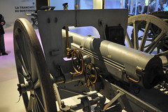 French 75mm Gun WW1 (Amelien (Fr)) Tags: museum 35mm nikon war gun muse ww1 greatwar guerre manualfocus distagon carlzeiss 75mm zf meaux 19141918 grandeguerre d700