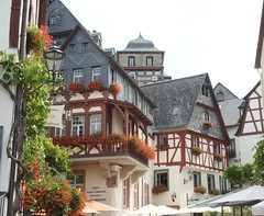 2009-08-07 S9 JB 12503#co (cosplay shooter) Tags: germany deutschland allemagne 2009 mosel moselle beilstein 3000z schiffstour 2500z x201601