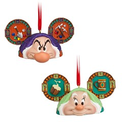 Snow White and the Seven Dwarfs Ear Hat Ornament Set - US Disney Store Product #6 - Grumpy and Happy (drj1828) Tags: set happy us sleepy doc snowwhite grumpy limitededition disneystore dopey bashful sneezy snowwhiteandthesevendwarfs earhat disneyparks disneyearhatornamentcollection