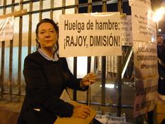 HUALGA DE HAMBRE ¡RAJOY DIMISIÓN! 18O#245 (Jül2001) Tags: protest revolution revolución politica puertadelsol 15m manifestaciones protestas spanishrevolution 15mayo huelgadehambre movimientossociales indignados acampadasol actoreivindicativa motivosdealex motivosdejorge