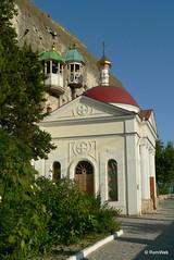 Инкерман, Свято-Климентовский пещерный мужской монастырь