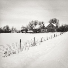 Abandoned Farmhouse (Richard Pilon) Tags: snow ontario canada rural december iphone iphoneography hipstamatic
