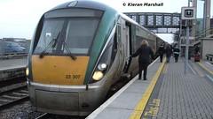 22007 at Portlaoise, 23/12/13 (hurricanemk1c) Tags: irish train rail railway trains railways irishrail rok rotem portlaoise icr iarnród 2013 22000 22007 éireann iarnródéireann 3pce 1415heustonportlaoise