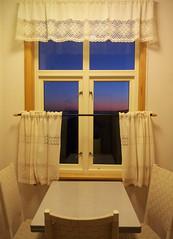 Night Outside  (~Ranveig Marie~) Tags: lighthouse window kitchen norway night dark table outside norge pics photographs curtains gardiner natt afterdark romsdal frna kjkken vindu mreogromsdal soleglad bjrnsund bjrnsundfyr bjrnsundfyrstasjon ranveigmarienesse ranveignesse kjkengardiner afternightfall