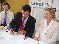 CP Barrick-Pacto Global 210109 014