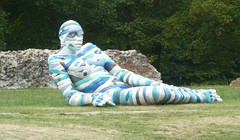 Fifty shades of blue (dmunro100) Tags: art lucca tuscany sculptures