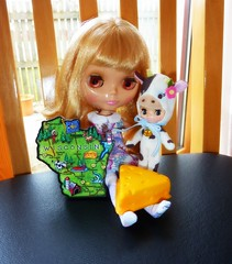 Samantha Rose: Elsie Daisy, do you come from the Dairy State? (18/28--Cows/Milk) (Bebopgirl1969) Tags: cheese wisconsin blythe magnet cheddar cheesehead petiteblythe skatedate cocoahoney