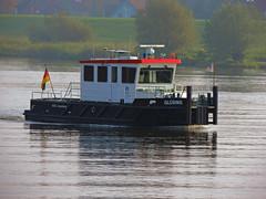 Glüsing (Parchimer) Tags: schubboot pushboat towboat pousseur pchacz duwboot spintore empurradorfluvial binnenschiff tolómotorhajó pushertug elbe