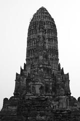 _DSC0340 (lnewman333) Tags: sea blackandwhite river thailand temple seasia southeastasia buddhist unescoworldheritagesite ayuthaya ayutthaya chaophrayariver 1460 watchaiwatthanaram kingprasatthong