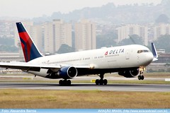 Delta Airlines - N177DN (Aviacaobrasil) Tags: deltaairlines boeing767300er sopaulogruairport alexandrebarros