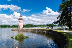 Der einzige Leuchtturm von Sachsen - The only lighthouse of saxonia (ralfkai41) Tags: lighthouse leuchtturm entspannung sachsen see relaxing moritzburg outdoor lake saxonia natur nature historisch historical architektur architecture