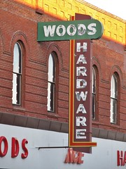Ellensburg, Washington (Jasperdo) Tags: ellensburg washington roadtrip woodshardware hardwarestore neonsign neon sign