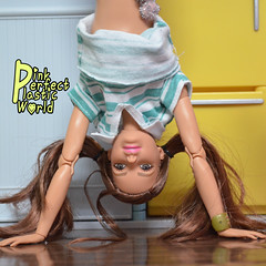 Handstand aka Adho Mukha Vrksasana (pinkperfectplasticworld) Tags: djy08 barbie pink perfect plastic world int jour day nikon doll dolls poupée poupées puppen bambole poppen bonecas dockor nuket dukker 芭比 yoga ヨガ йога 요가 瑜伽 blue top fitness bambi made move mtm 2015 muñeca muñecas mattel 16 sport バービー handstand aka adho mukha vrksasana