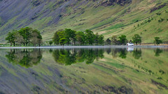 Reflections of Buttermere. (paul downing) Tags: sunrise reflections nikon filters hitech buttermere thelakedistrict 0609 gnd simplystunning pd1001 d7000 pauldowning pauldowningphotography
