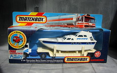 Matchbox Toys Mercedes Benz Power Launch Transporter 1985 - 4 Of 6 (Kelvin64) Tags: toys mercedes benz power launch 1985 matchbox transporter