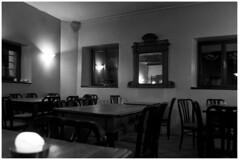 04 (francesca.tuzzi) Tags: sedie candela specchio tavoli osteriafriulana