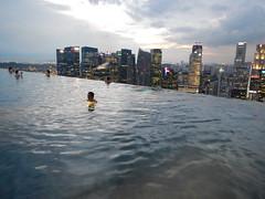 DSCN0757 (jchessma) Tags: pool marina bay singapore sands endless