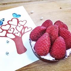 Strawberry Valentine Tartlet - Valentine Special. ทุกปีจะทำขนมวันวาเลนไทน์สำหรับเป็นของขวัญพิเศษ ชิ้นเดียว ชุดเดียว คิดสูตรใหม่ มั่วๆ  เนียนๆ ก็ว่ากันไป #Valentine