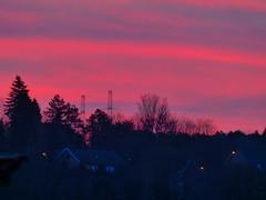 P1050171trav (pascalpiette) Tags: leica city red cloud sol clouds sunrise lumix soleil belgium belgique alba cities down du jour panasonic amanecer aurora wee hours raymond pascal towns huy octave heure lever bleue aurore aube piette dmcfz72 25022014