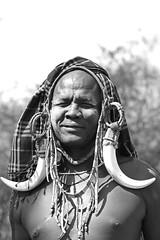 Mursi Ethiopia (Olivier DARMON) Tags: africa portrait white black noir skin african details tribal tribes tribe nudity et scarification femmes afrique oubliés blancblack africantribes olivierdarmon detailsethiopia incisiondelapeau lasttribes