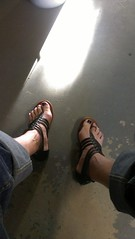 Black sandals thong (2moshoes) Tags: