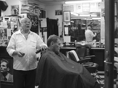 The singing barber (Salle-Ann) Tags: street bw man men melbourne barbershop barber degraves flindersststation campbellarcade singingbarber