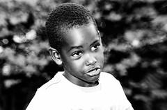 Hope (dexanrj) Tags: boy portrait white playing black cute guy verde folhas beautiful beauty field childhood branco contrast de lens kid nikon dof child little ryan retrato low bonito garoto preto e contraste campo brincar hi beleza fi mm 300 nikkor lente 70 fofo depth hifi menino brincando belo lowfi profundidade 70300 garotinho menininho d7000