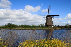 Kinderdijk, South Holland (Henk Bekker) Tags: windmill thenetherlands kinderdijk zuidholland southholland