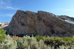 Split Mountain, Dinosaur National Monument - Utah (Andrea Moscato (OFF till September)) Tags: park blue sky parco usa green nature grass rock america landscape us unitedstates natural stones natura national cielo np roccia montagna paesaggio naturale andreamoscato