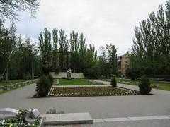 IMG_2913 (www.yokayoka.ru) Tags: park fire may ukraine 2014 massgrave may9  9   eternalfire   melitopol saporischschja   9mayflowers