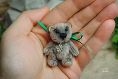 grey (Zhanna Zolotina) Tags: bear miniature teddy handmade ooak altair toyzz miniature112