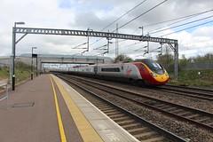 390118 (matty10120) Tags: station train transport rail railway class trent valley lichfield 390