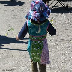 Colors & shadows (nathaliedunaigre) Tags: texture beach colors childhood kid shadows couleurs clothes enfant plage vtements ombres enfance multicolore