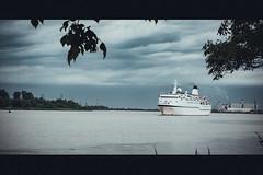 FTI Berlin sailing to Bordeaux, France - 26 mai 2016 (Jonathan d[-_-]b) Tags: fticruises ftiberlin berlin cruiseship cruising cruiseskip