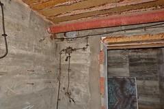 Blockhaus hopital souterrain La Rochelle (thierry llansades) Tags: nazi wwii atlantic bunker ww2 larochelle fortification mur bauwerk hopital blockhaus urbex atlantique vestige atlanticwall atlantikwall casemate bauwerke murdelatlantique lapallice secondeguerremondiale bauwerque