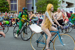 Fremont Summer Solstice Parade 2016 cyclists (272) (TRANIMAGING) Tags: seattle people naked nude cyclists fremont parade 2016 fremontsummersolsticeparade nudecyclist fremontsummersolsticeparade2016