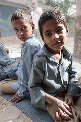Zoltan Papdi 2015-4069 (Papdi Zoltan Silvester) Tags: school india outside child nobody class study enfant extrieur tude personne cole rajasthan classe inde