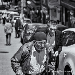 Street 140 (`ARroWCoLT) Tags: street old people bw white man art monochrome smile car shirt canon walking photography 50mm blackwhite dof open dress market bokeh parking oldman istanbul wear clothes human tired bazaar cloth f18 mont seller insan sokak pazar skdar 700d satcs arrowcolt