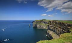 Acantilados de Moher (Luis Corts Zacaras) Tags: naturaleza verde eire cliffs moher irlanda oceano acantilados
